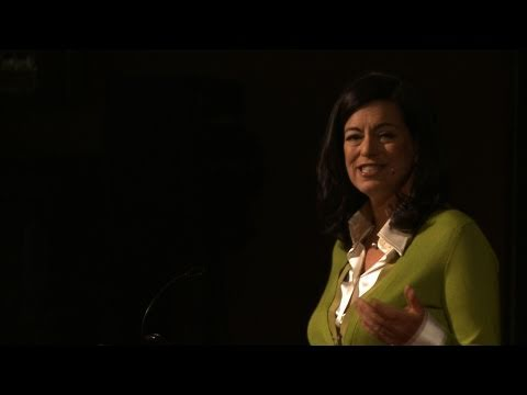 Dinner makes a difference: Laurie David at TEDxManhattan - YouTube