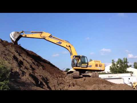 Masterson Loam stockpiling topsoil