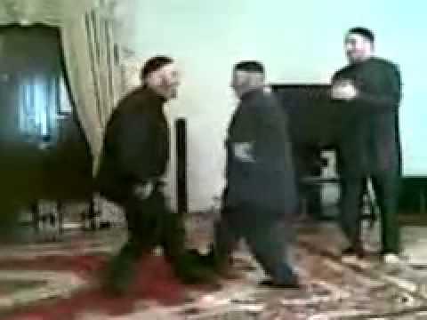 Чеченские девушки зажигают фото