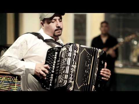 Grupo Palomo ft. Oscar Ivan (Duelo) -  Mi Obsecion