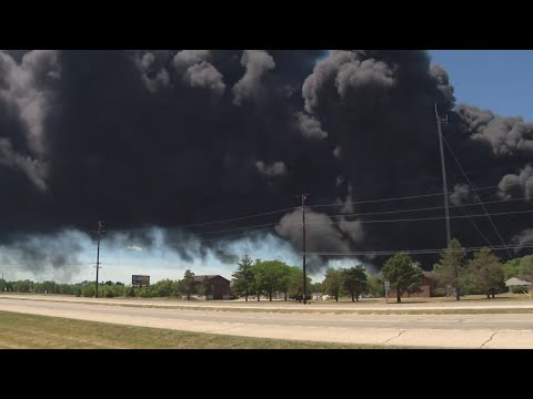 Explosion, massive fire at chemical plant prompts evacuations in Rockton