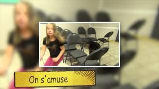 Alexia, 8 ans, entraine un chien en renforcement positif