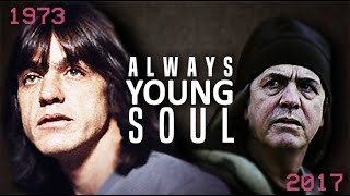 MALCOLM YOUNG: TIMELINE | Evolution of ACDC Guitar 1974-2017