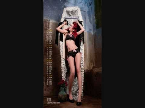 Ундервуд - Девушка с веслом