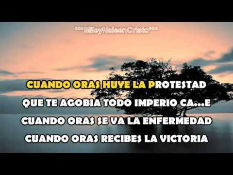 Karaoke Cristiano  Nancy Amancio  Cuando Oras SaveYouTube com]