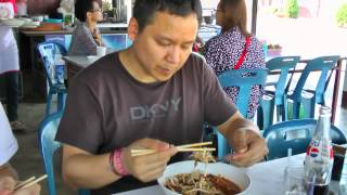 The Newdlez Noodles Explorer Ep. 1: Khanom Jeen Naam Ngiaw