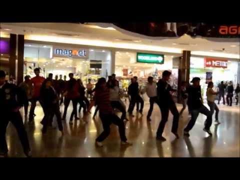 IIM Calcutta Flash Mob at Mani Square Mall - Brought to you by Team Carpe Diem 2013