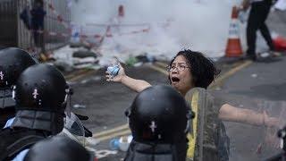 Hồng Kông điêu đứng vì làn sóng người biểu tình  VTC14