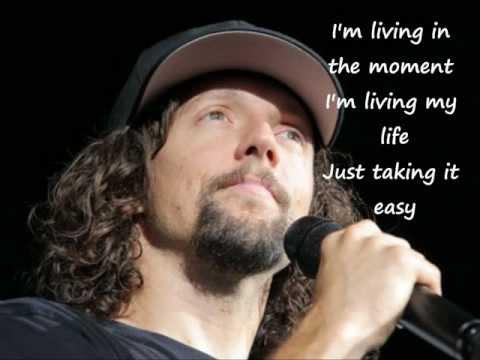 Baixar Living In the Moment (Lyrics) - Jason Mraz