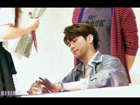 170505 종현 '소품집 이야기 Op.2' Fan sign event @ Lotte 잠실