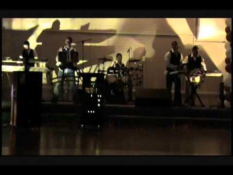 Grupo Nueva Ilusion - Me Gusta Todo De Ti (Banda El Recodo)