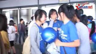 Super Junior in Vietnam (27/3/2010 - Hanoi -Noibai Airport)