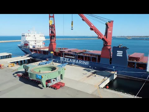 South Flank: World's largest rail-mounted machine delivered to Australia