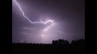 Dự báo thời tiết 19/5: Chiều tối, Hà Nội tái diễn mưa dông