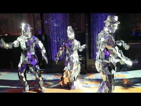 Entertainment Hire New York - Creativiva Mirror People