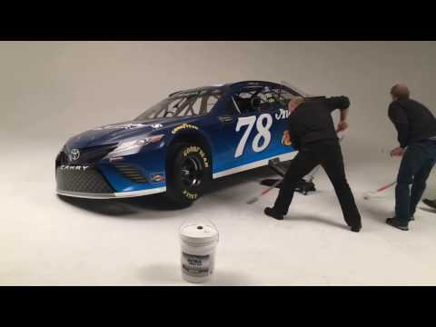 Truex's No. 78 Camry with Auto-Owners Insurance paint scheme (2017)