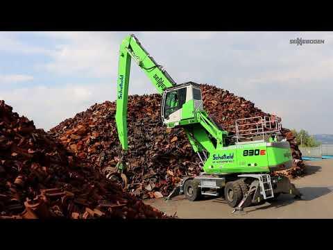 SENNEBOGEN 830 E Mobil - Schrottumschlag bei  Schofield Metal Recyclers, Großbritannien