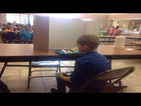 Mom Visited Her Son In The School Lunchroom. Then She Saw What Teachers Had Done And Was Outraged