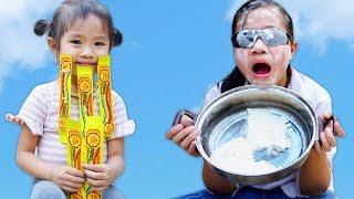Trò Chơi Chị Đại Tham Lam Và Màn Kịch Trộm Kẹo Chupa Chups - Bé Nhím TV - Đồ Chơi Trẻ Em Thiếu Nhi