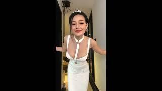 Ngân 98 và Lương Bằng Quang livestream trực tiếp bán quần áo #1