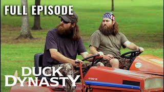 Duck Dynasty: Full Episode - The Grass and The Furious (Season 2, Episode 1) | A&E