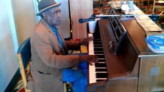 Henry Gray - Piano