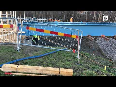 Ale kommun - Bron i Nödinge sätts på plats