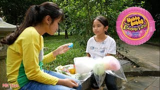 Cô Gái Tốt Bụng - Đổi Kẹo Hubba Bubba Xịn 65k Lấy Kẹo Cuộn Tròn 6k - MN Toys
