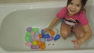 Learn Colors for Children colored balls bursting in the bathroom Finger Family Song Children's rhyme
