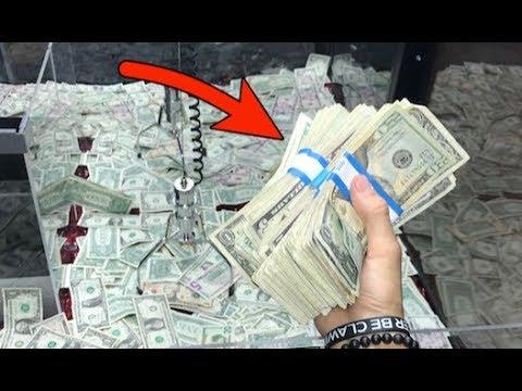 WON STACKS OF CASH FROM MONEY CLAW MACHINE! | JOYSTICK