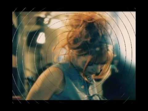 Mylène Farmer - La ronde triste .