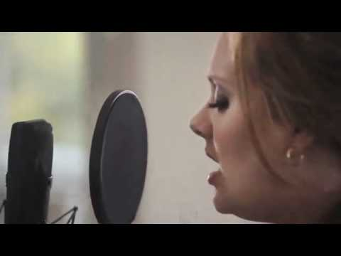 Adele - Someone Like You (Live in Her Home) Song Only