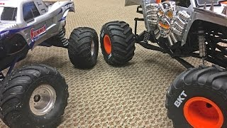 Traxxas BIGFOOT & Axial SMT10 Max D Tests - Trigger King R/C Monster Trucks