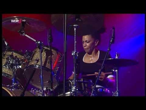 Cindy Blackman-Santana & Band - Leverkusener Jazztage 2013 fragm.