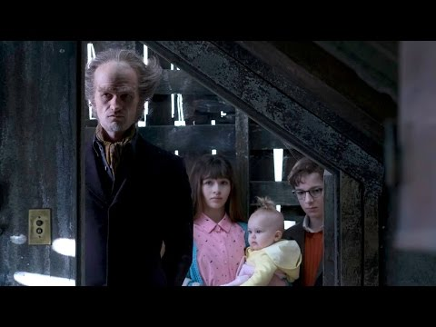 Netflix's A Series of Unfortunate Events Review