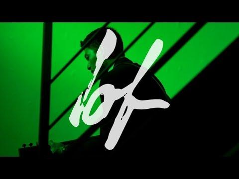 Max Jenmana – วันหนึ่งฉันเดินเข้าป่า (Into the Woods) feat. หญิง พรปวีณ์   Official Video