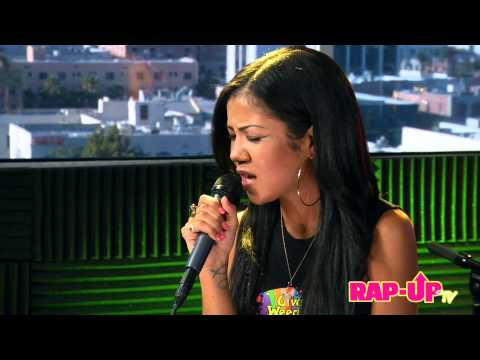 Jhené Aiko Covers Tupac's 'Keep Ya Head Up'