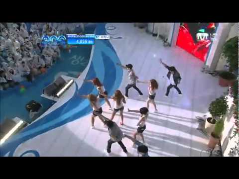 110707 [HQ] Attention + Bubble Pop - HyunA (2011 Mnet 20's Choice Awards)