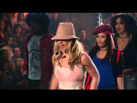 Britney Spears - I Got That Boom Boom Live