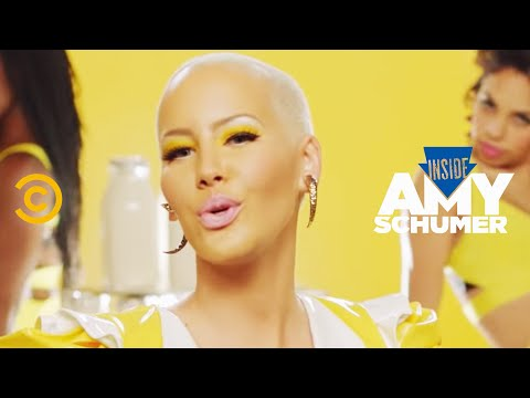 Amy Schumer Feat. Amber Rose & Method Man - Milk Milk Lemonade