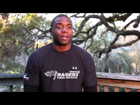 Pro Running Back Breaks Down A Division 1 College Football Weightlifting & Training Program