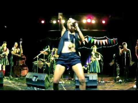 Las Taradas - Que no, que no! - ft Miss Bolivia [ALPACA]