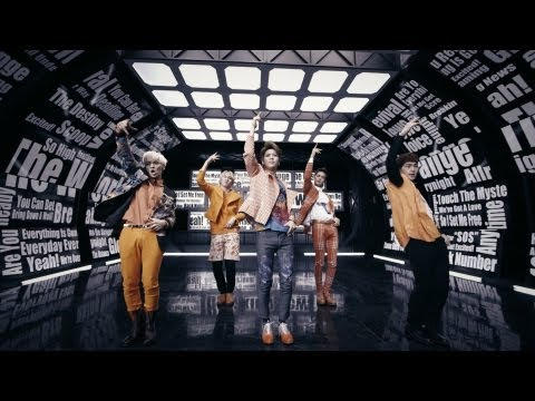 SHINee - 「Breaking News」Music Video