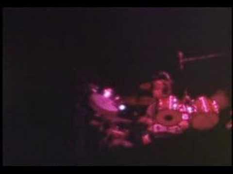 Genesis - The Lamb Lies Down on Broadway - Live Bern 1975