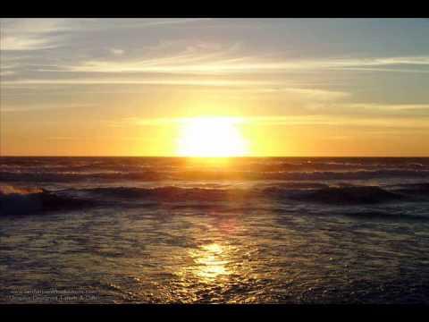 Aurora feat. Lizzy Pattinson - Summer Son (Extended Mix)