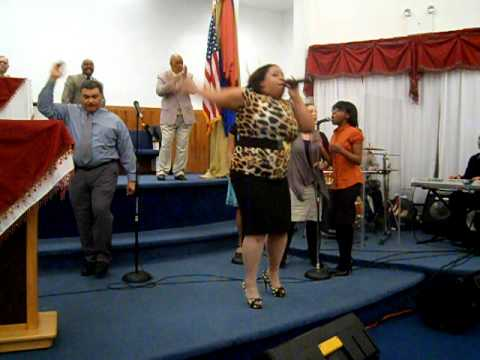 Coro Jehova Shalom:  Si No Fuera por el Fuego