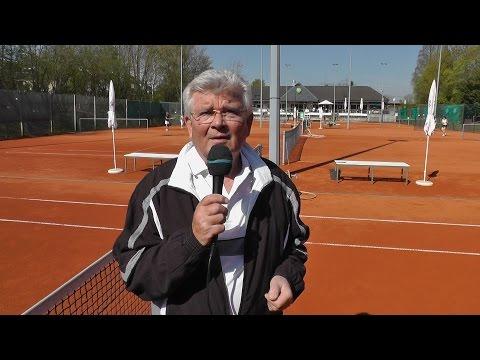 Pulheim spielt Tennis