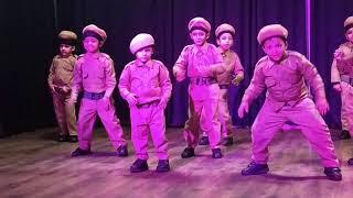 kids group dance on Dabang  and pandey ji on sacred souls school's music concerned.