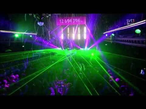 Baixar Avicii feat. Aloe Blacc - Wake Me Up - LIVE @Berns [HD]