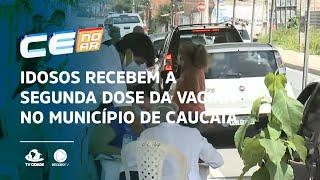 Idosos recebem a segunda dose da vacina no município de Caucaia